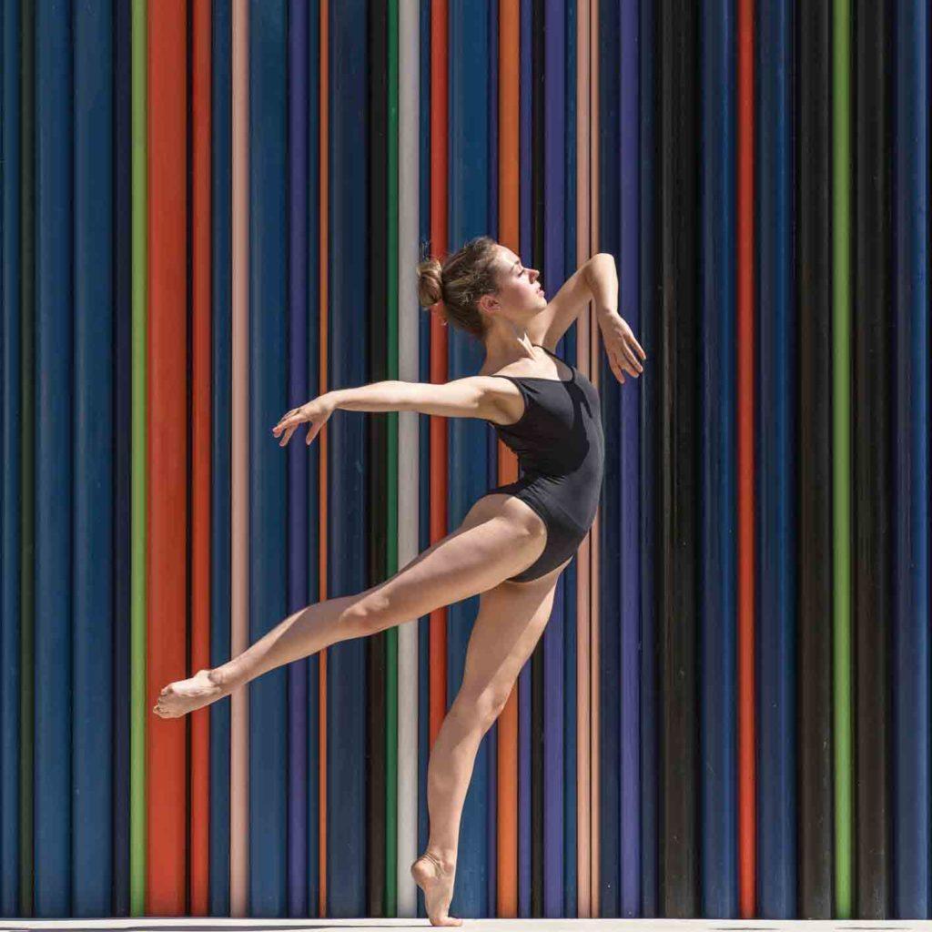 danseuse suissesse à la défense